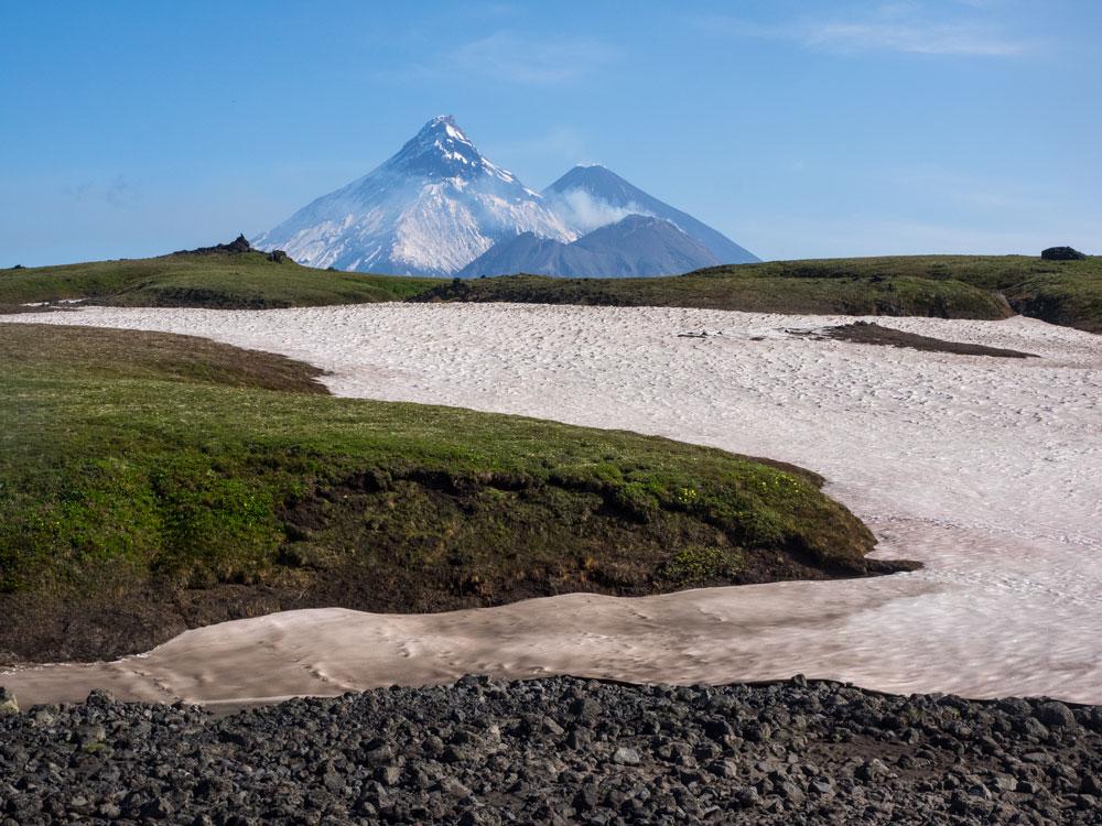 Плоский Толбачик, Большая Зимина, Ключевская сопка и вулкан Безымянный