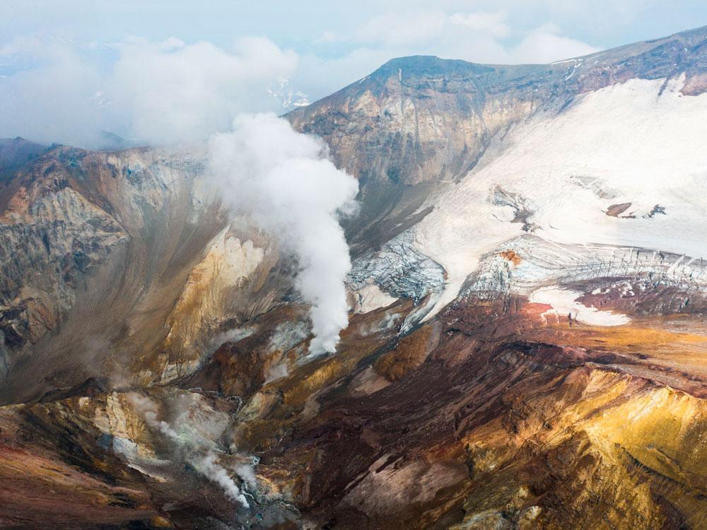 Кальдера вулкана Мутновский