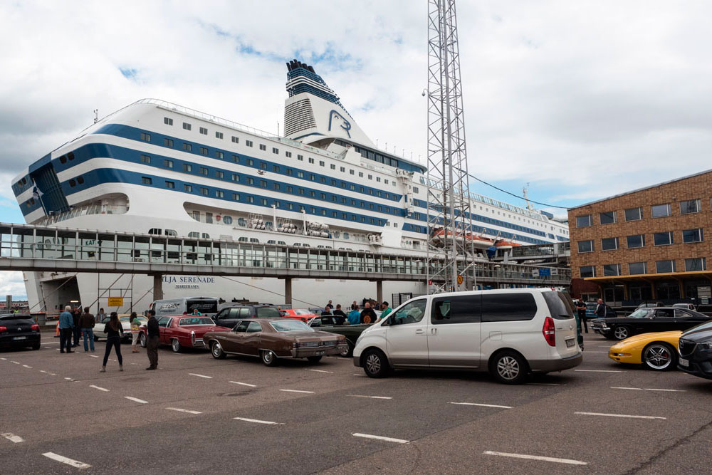 Погрузка на паром Silja Line, Хельсинки