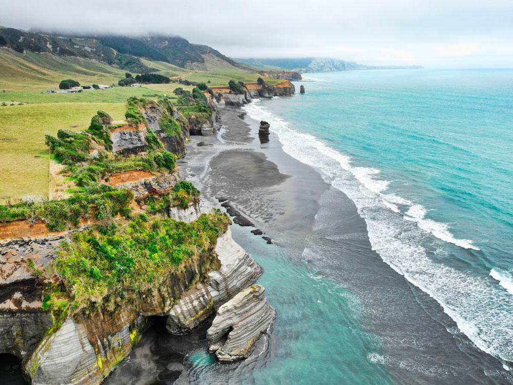 Новая Зеландия. Пляж Три сестры