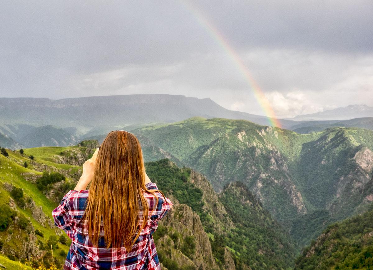 Радуга в горах, Приэльбрусье